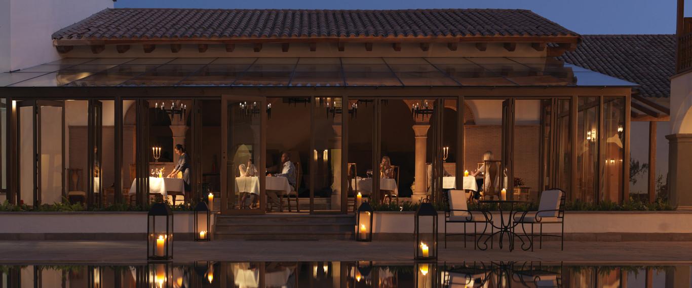 Elegantísimo restaurante Senzo perteneciente al Belmond Palacio Nazarenas