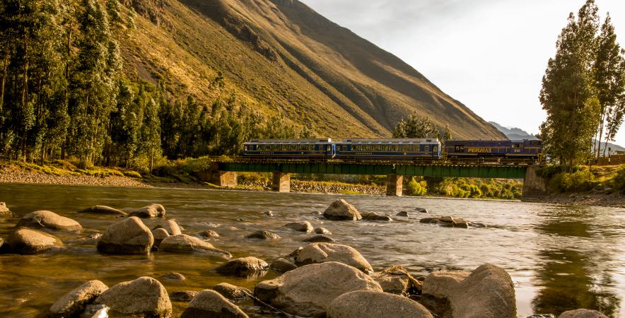 Río Vilcanota, Cusco. Camino a Machu Picchu.