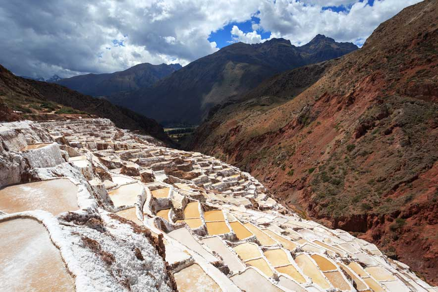 El misterio de las Salineras de Maras | PeruRail